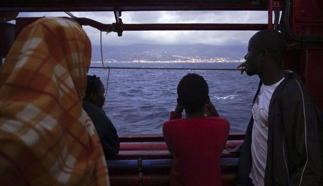 Πρόσφυγες στο Ocean Viking