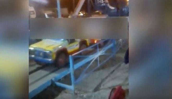 Εικόνα λίγο πριν το ατύχημα με το 3χρονο κορίτσι στο λούνα παρκ της Ναυπάκτου