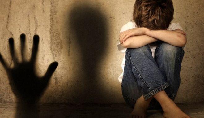Σε δίκη Ολλανδός που ασέλγησε σε 14χρονο κατά τη διάρκεια διακοπών στη Ρόδο