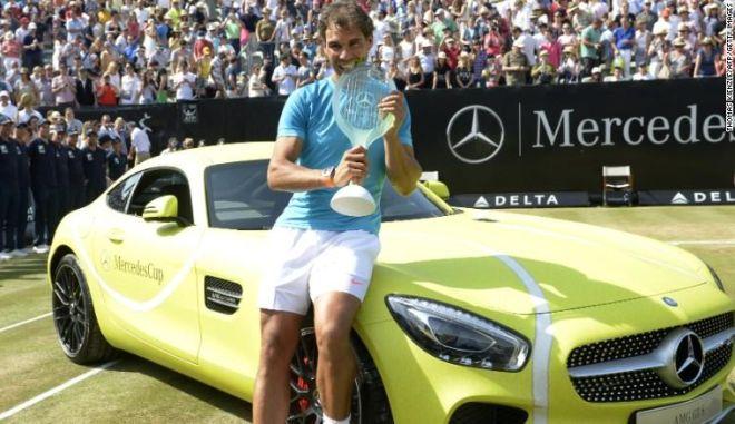O Ναδάλ κέρδισε μια Mercedes-AMG GT και ...ξίνισε για το χρώμα!