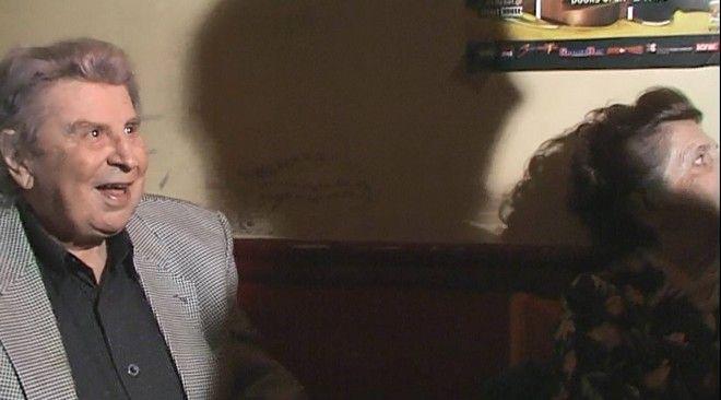 Μια διαφορετική συνέντευξη του Μίκη Θεοδωράκη μέσα στο θρυλικό Club Decadence