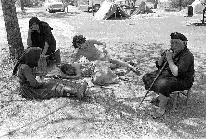 Ελληνοκύπριοι πρόσφυγες στην περιοχή της Δεκέλειας