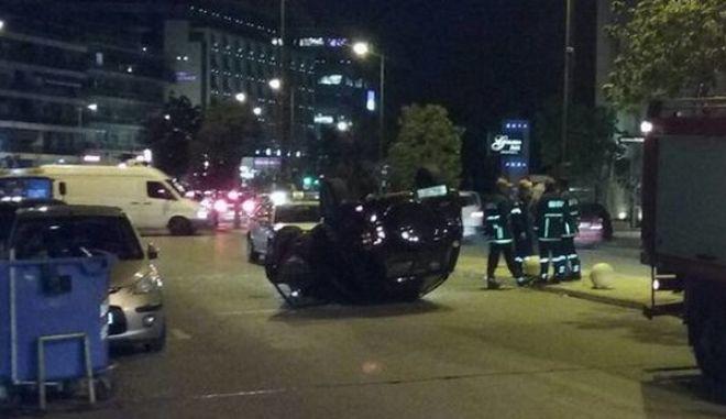 Αναποδογύρισε αυτοκίνητο στη Μιχαλακοπούλου- Κυκλοφοριακό κομφούζιο