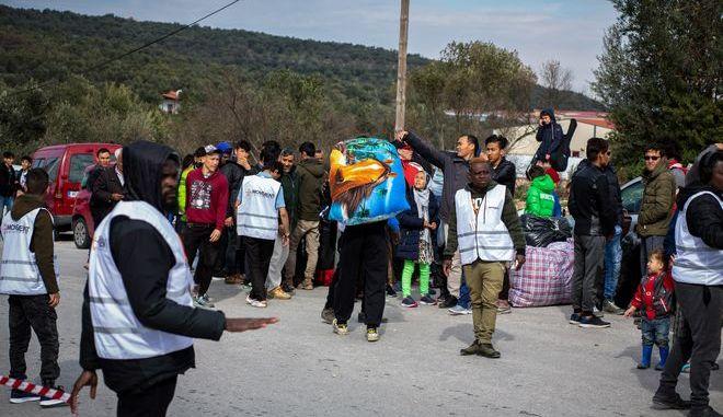 Πρόσφυγες και μετανάστες στη Μόρια της Λέσβου τον Μάρτιο του 2019