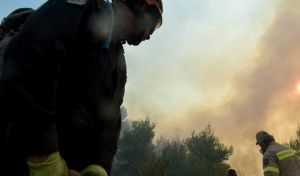 Σε ύφεση η πυρκαγιά στο Μαρκόπουλο