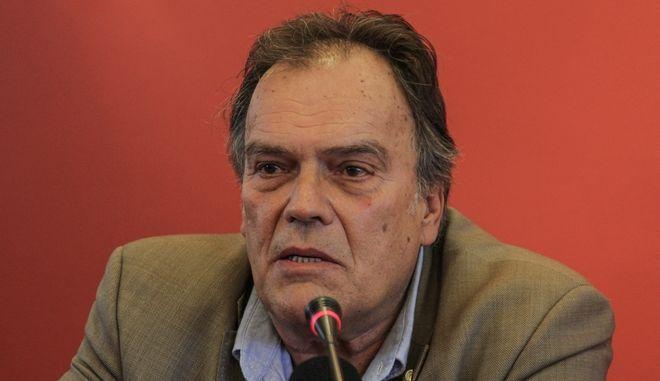 Ο γενικός γραμματέας του υπουργείου Εργασίας Β. Νεφελούδης