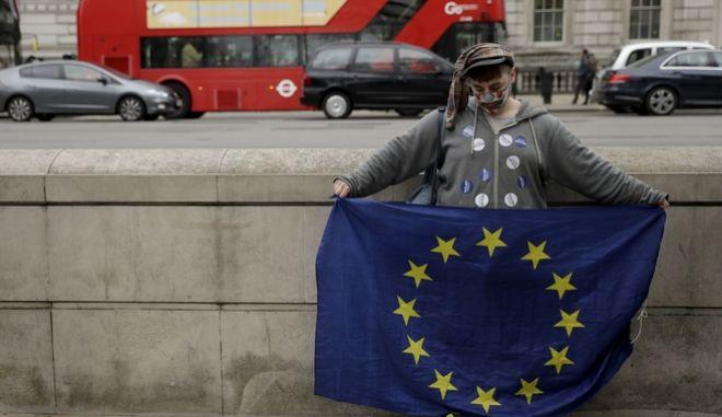 Ο τρόμος των Βρετανών απέναντι στο Brexit
