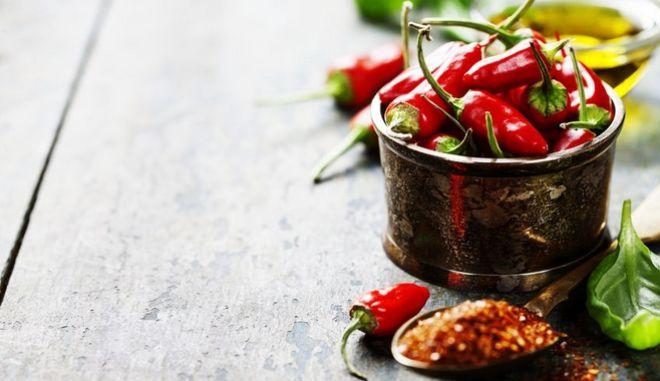 Καυτερές πιπεριές.