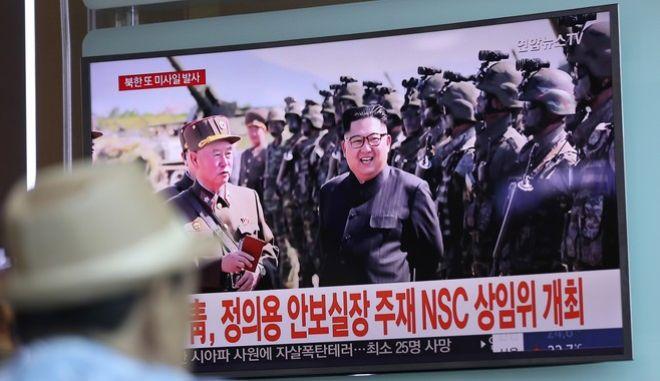Νέο χτύπημα Κιμ: Χάκερς έκλεψαν απόρρητα στρατιωτικά έγγραφα της Ν. Κορέας