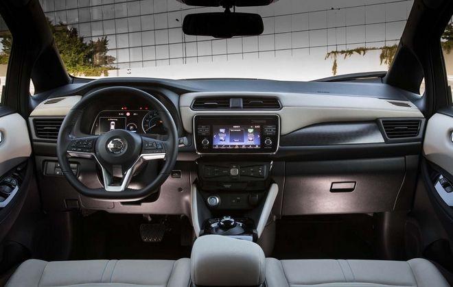 Το εσωτερικό του Nissan Leaf