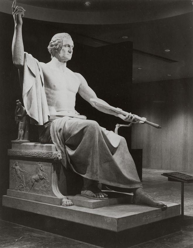 Horatio Greenough, Ο George Washington ως Ζευς, μάρμαρο, 1841. Μουσείο Smithsonian Αμερικανικής Ιστορίας