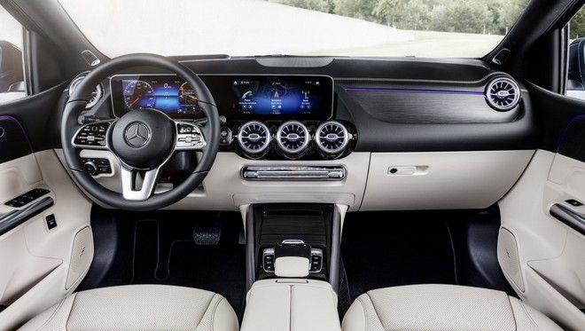 Η καμπίνα της νέας Mercedes Benz B-Class