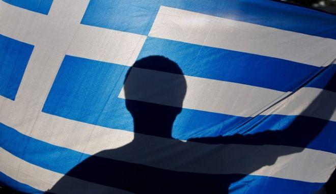 Φως στο τούνελ: Εκτιμήσεις Eurobank για την ανάκαμψη της ελληνικής οικονομίας