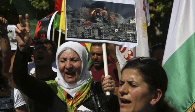 Από πορεία διαμαρτυρίας Κούρδων