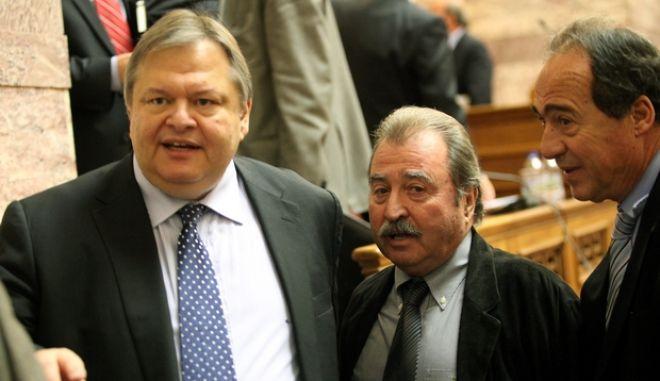 Συνεχίζεται η συζήτηση στην επιτροπή Οικονομικών Υποθέσεων της Βουλής,για την κύρωση του προϋπολογισμού για το 2012,Τετάρτη 23 Νοεμβρίου 2011 (EUROKINISSI/ΓΙΑΝΝΗΣ ΠΑΝΑΓΟΠΟΥΛΟΣ)