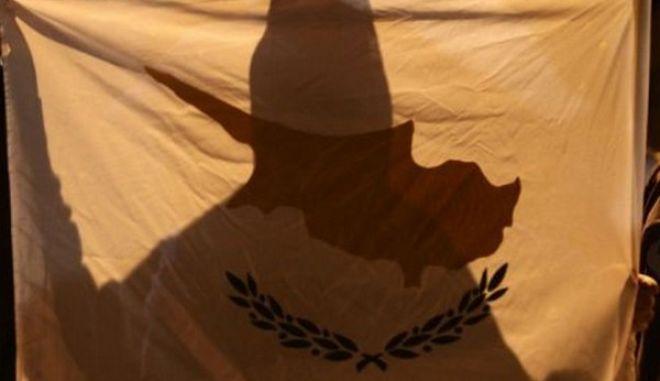 Αποκάλυψη 24h: Η λίστα με τα 19 άτομα που διέγραψαν τα δάνεια που είχαν πάρει από Τράπεζα Κύπρου και Λαϊκή