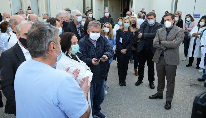Επίσκεψη του Αλέξη Τσίπρα στο νοσοκομείο Ιωαννίνων