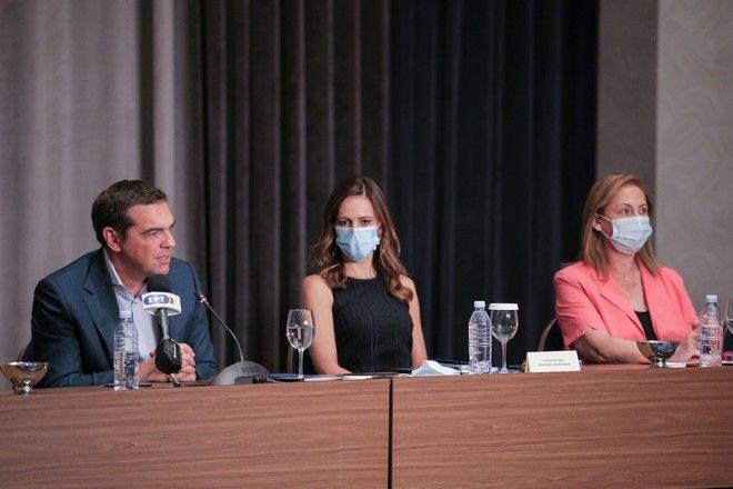 Τσίπρας: Δυστυχώς επιβεβαιώθηκε ο φόβος μας για πρωτοφανή υφεση