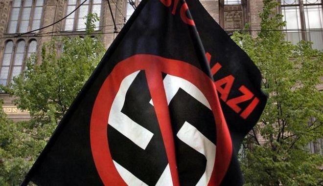 Γερμανική ΜΚΟ εναντίον του φασισμού: Δεν επαρκούν οι συλλήψεις των χρυσαυγιτών