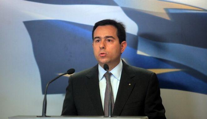 ΑΘΗΝΑ-O Υφυπουργός Ανάπτυξης και Ανταγωνιστικότητας Νότης Μηταράκης έκανε δηλώσεις σήμερα Πέμπτη 14 Νοεμβρίου  αναφορικά με το Ελληνικό Επενδυτικό Ταμείο.(EUROKINISSI-ΚΩΣΤΑΣ ΚΑΤΩΜΕΡΗΣ)
