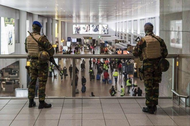Έναν χρόνο μετά, το Βέλγιο θυμάται τις χειρότερες τρομοκρατικές επιθέσεις της ιστορίας του