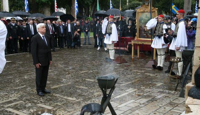 Ο Προκόπης Παυλόπουλος σε εκδηλώσεις για την Έξοδο του Μεσολογγίου το 2015