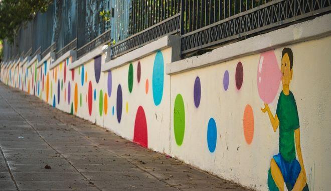 Χρώμα στις γειτονιές της Ελλάδας