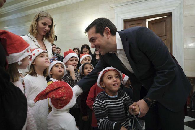 Χριστούγεννα 2018: Πλημμύρισε από παιδικά χαμόγελα το Μαξίμου