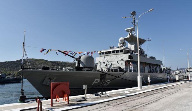 """Τελετή ονοματοδοσίας και ένταξης στο Πολεμικό Ναυτικό του ΤΜΚ """"Υποπλοίαρχος Καραθανάσης"""""""
