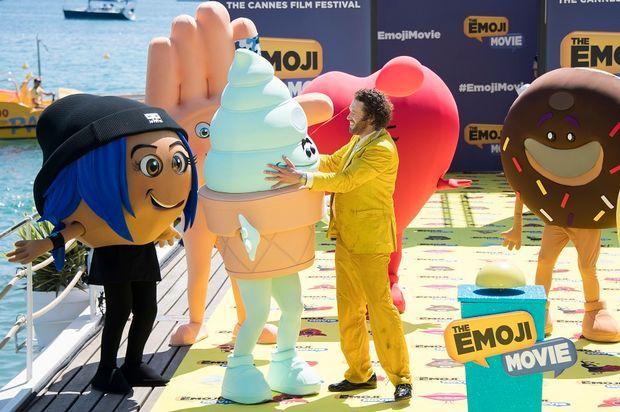 Τα emoji, ο έλεγχος και η πρώτη γιούχα των φετινών Καννών