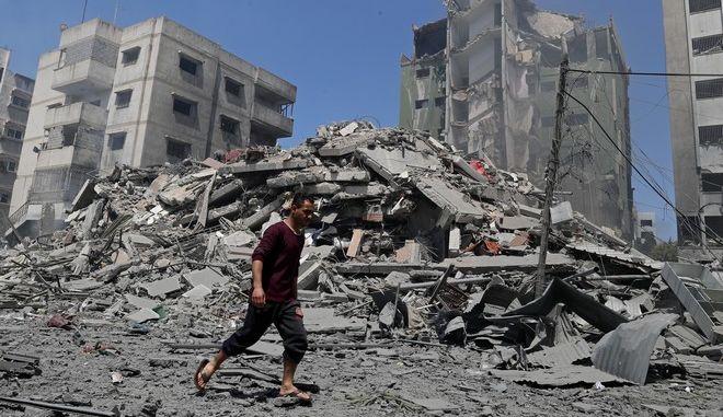 Εικόνα από την πόλη της Γάζας μετά από αεροπορικό χτύπημα του Ισραήλ