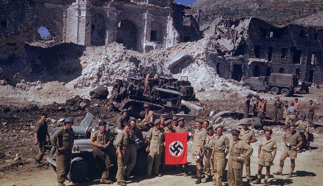 Β' Παγκόσμιος Πόλεμος: Σπάνιες φωτογραφίες από την απόβαση στην Ιταλία