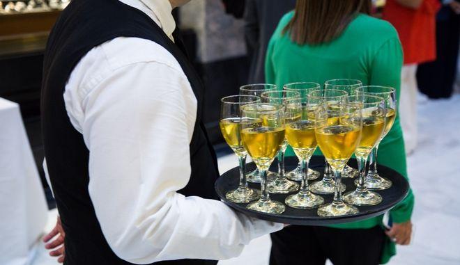 """""""Όχι"""" ΣτΕ στον ειδικό φόρο κατανάλωσης για το κρασί"""