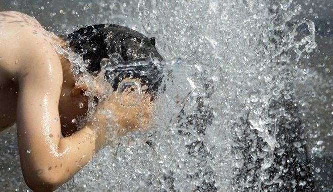 Αγόρι βρέχει το κεφάλι του σε συντριβάνι στην Αμβέρσα
