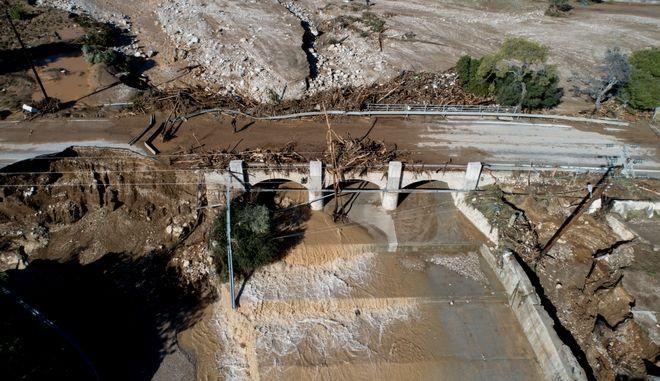 Καταστροφές από τις πλημμύρες στην Κινέττα.