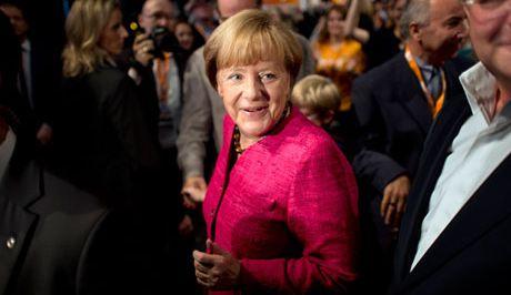 """Μήνυμα Μέρκελ στο νότο: """"Δεν υπάρχει λόγος να αλλάξει η ευρωπαϊκή μας πολιτική""""!"""