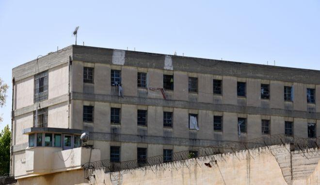 Στιγμιότυπο από το νοσοκομείο-ψυχιατρείο των φυλακών του Κορυδαλλού,Πέμπτη 27 Απριλίου 2017
