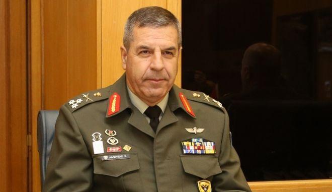 Ο Αρχηγός του Γενικού Επιτελείου Στρατού, Αντιστράτηγος Χαράλαμπος Λαλούσης