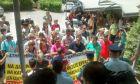 Μαρινόπουλος: Εργαζόμενοι εισέβαλαν στον προαύλιο χώρο