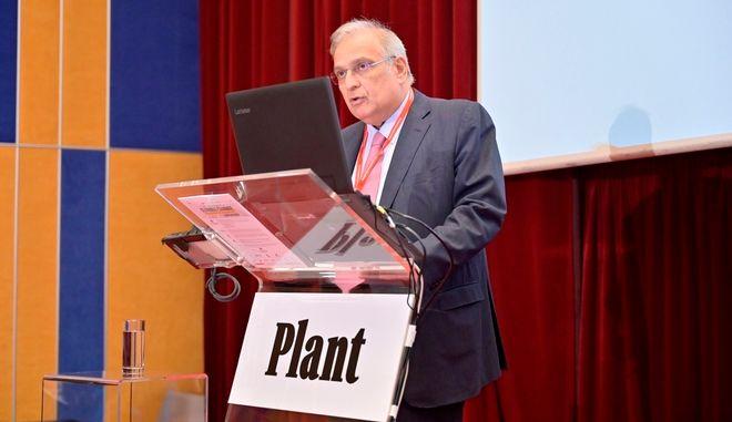 O Πρόεδρος του Διοικητικού Συμβουλίου της ΕΛΛΗΝΙΚΑ ΠΕΤΡΕΛΑΙΑ κ. Γιάννης Παπαθανασίου