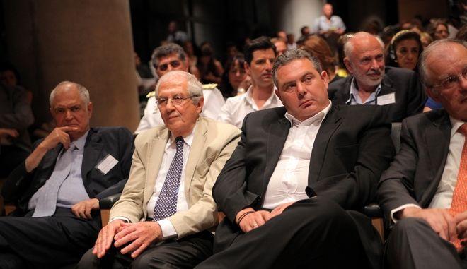 """Διεθνής συνάντηση """"Παρθενώνας, η ακεραιότητα ενός μνημείου- συμβόλου, ο ρόλος των πολιτών, μια διεθνής εκστρατεία"""" την Πέμπτη 26 Ιουνίου 2014 στο Μουσείο της Ακρόπολης, στα πλαίσια της εκστρατείας για την μεγάλη επιστροφή των Μαρμάρων """"RETURN (the marbles), RESTORE (Parthenon), RESTART (history)"""", της πρέσβεως Καλής Θελήσεως της Unesco, Μαριάννας Β. Βαρδινογιάννη, με τη συμμετοχή Ελλήνων και ξένων ειδημόνων και ακτιβιστών, όπως του προέδρου του Μουσείου Ακρόπολης, Δημήτρη Παντερμαλή, του προέδρου του """"Ιδρύματος Μελίνα Μερκούρη"""", Χριστόφορου Αργυρόπουλου, καθώς και των Έντι Ο' Χάρα και Ντέιβιντ Χιλ, προέδρων της Βρετανικής Επιτροπής και της Διεθνούς Επιτροπής για την Επανένωση των Μαρμάρων του Παρθενώνα, αντίστοιχα. (EUROKINISSI/ΚΩΣΤΑΣ ΚΑΤΩΜΕΡΗΣ)"""