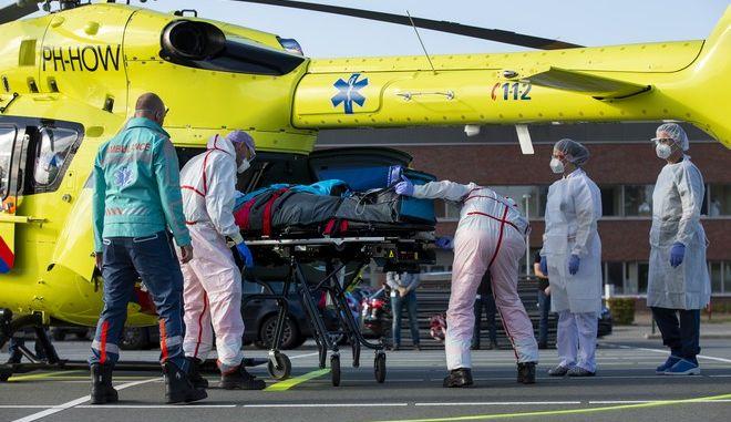 Μεταφορά ασθενών με covid-19 από την Ολλανδία στη Γερμανία