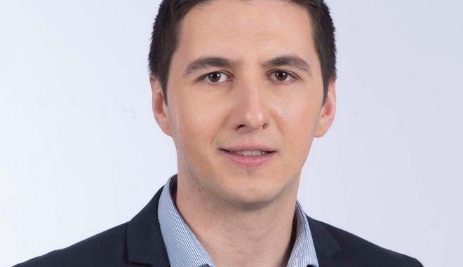 Ο Μιχάλης Κριθαρίδης.