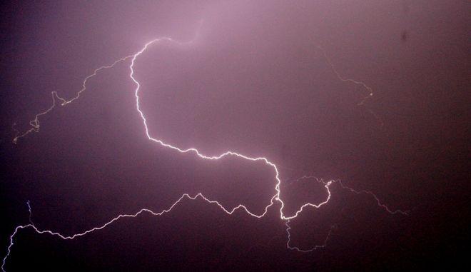 Κεραυνός, εν ώρα καταιγίδας