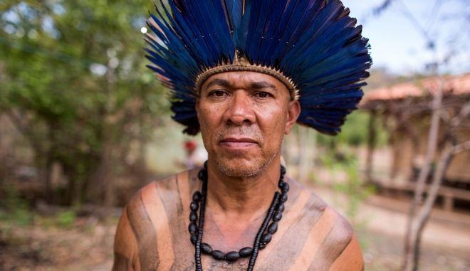 Οι Xakriaba στη Βραζιλία παλεύουν για να κρατήσουν τη γη των προγόνων τους