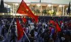 Συγκέντρωση πραγματοποίησε το ΚΚΕ στο Σύνταγμα ενάντια στον πόλεμο κατά της Συρίας - Ακολούθησε πορεία στην Αμερικανική Πρεσβεία