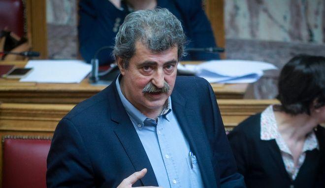 Ο υπουργός Υγείας Παύλος Πολάκης στη Βουλή