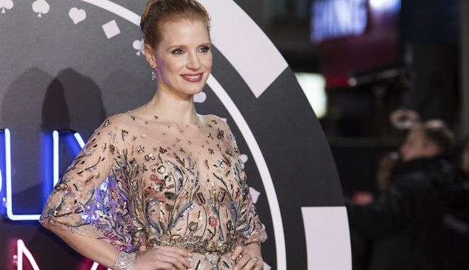 Actress Jessica Chastain poses for photographers upon arrival at the premiere of the film 'Molly's Game', in London, Wednesday, Dec. 6, 2017. (Photo by Vianney Le Caer/Invision/AP)