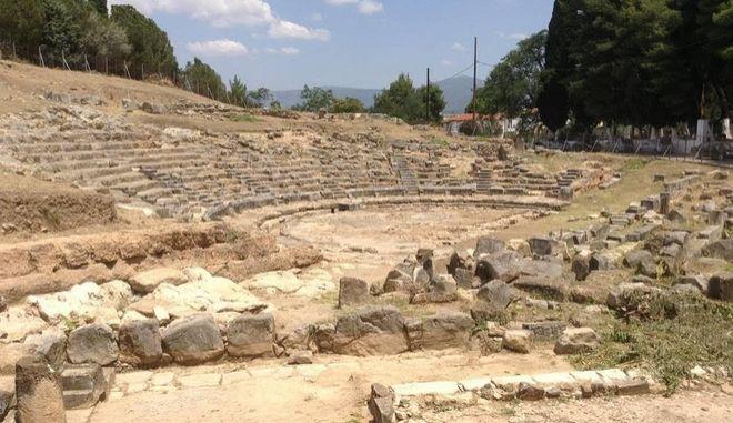 Ξεκινούν τέσσερα μεγάλα έργα πολιτισμού στη Στερεά Ελλάδα