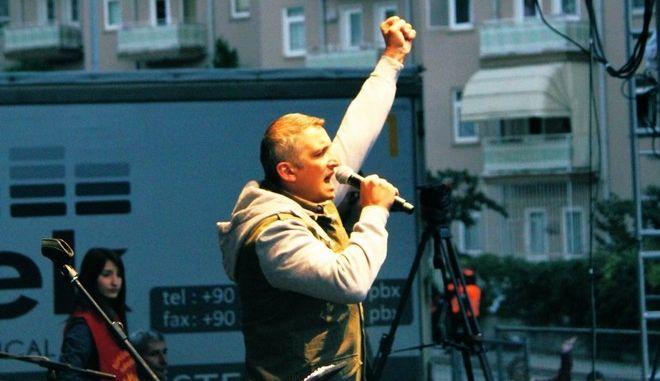 Ιμπραήμ Γκιοκτσέκ, μέλος της μπάντας Grup Yorum